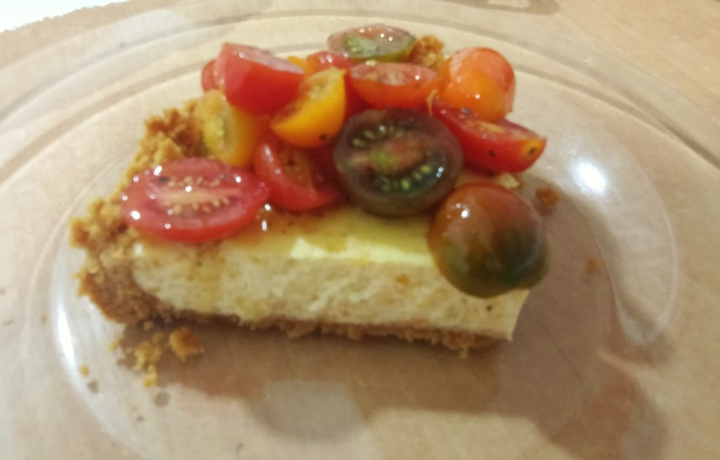 Cheesecake con tomatitos